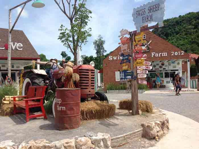 เลี้ยงแกะที่ Swiss Sheep Farm