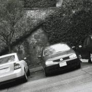 ป้องกันรถไหลตอนจอดบนเนินมีขั้นตอนอย่างไรบ้าง